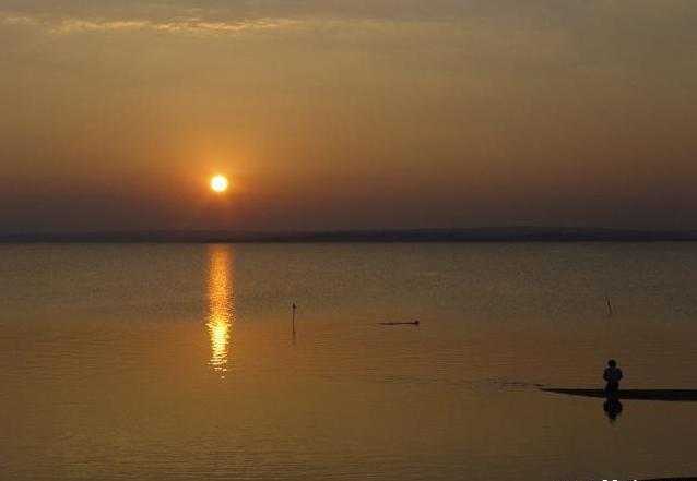 红碱淖风景图片