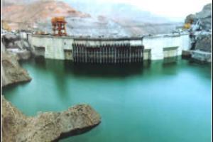 李家峡水电站