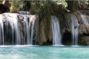 考安西瀑布