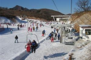 蓟州国际滑雪场