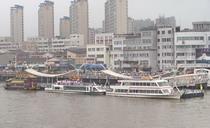 鸭绿江游船