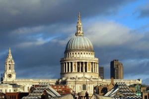 伦敦圣保罗大教堂