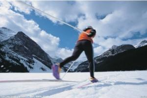 汗腾格里滑雪场
