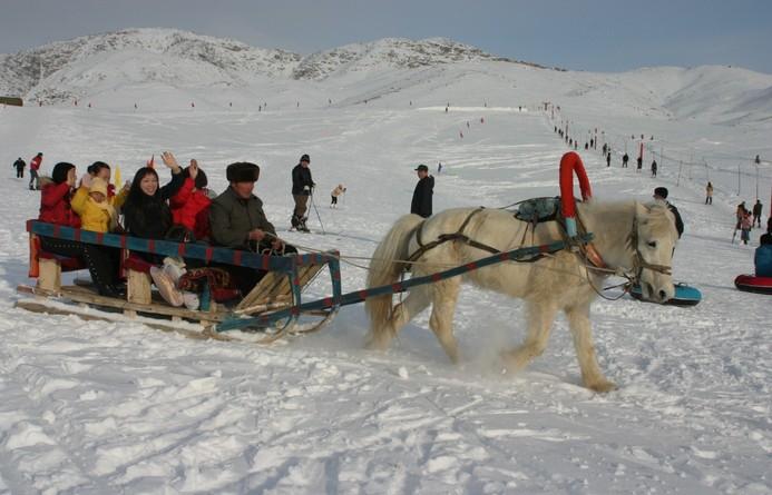 阿勒泰市将军山滑雪场