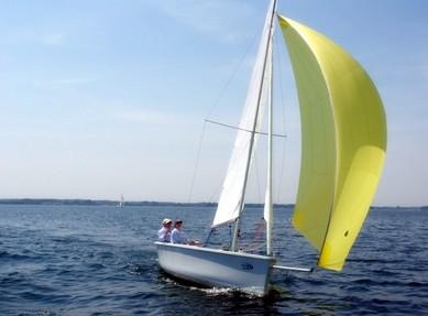 帆船出海体验