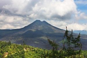 京打瑪尼火山