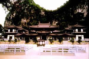 桂林栖霞寺